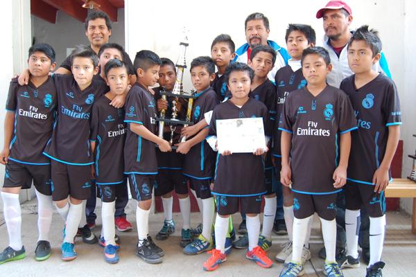Guerreros Huiloapan ganó el segundo lugar de la competencia formativa. / Everardo NAVA