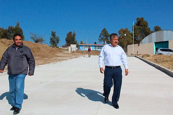 Supervisa alcalde de Ixtacuixtla, obras concluidas