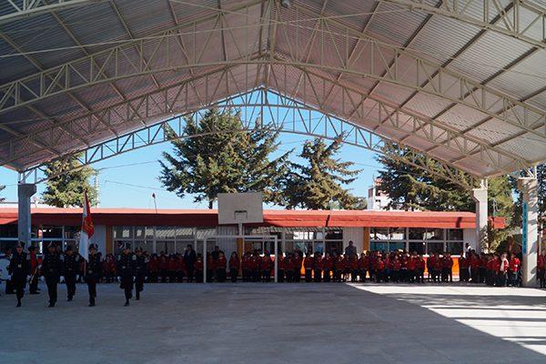Concluye ayuntamiento de Calpulalpan techumbre que dejó inconclusa el pasado gobierno