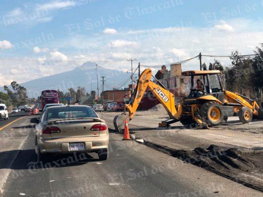 Kilométrico caos vial se registra en Yauhquemehcan por trabajos de mantenimiento carretero