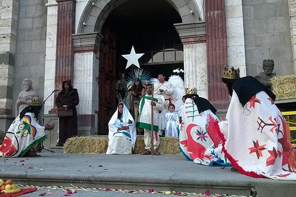 """Graciela Orozco presenta """"La adoración de los Reyes"""""""