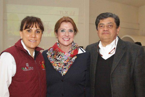 Encabeza Sandra Chávez reunión con titulares de DIF municipales