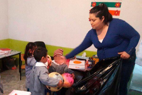 """Entrega alcaldesa de Axocomanitla juguetes a infantes del CAIC """"Coconepactli"""""""