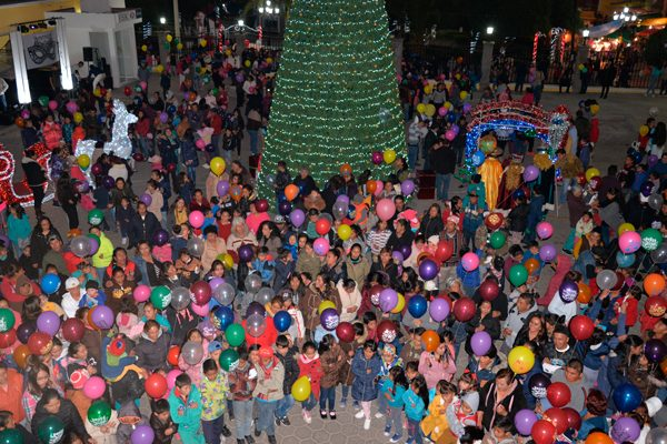 Organiza comuna  de Nanacamilpa envío de globos con cartas  para los Reyes Magos