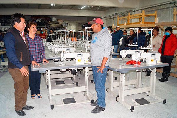 Genera empresario 300 empleos con la maquila en Calpulalpan