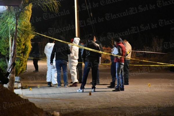 Matan a dos hombres y hieren de gravedad a un menor en Acuamanala