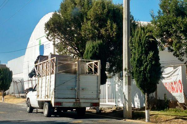 Clausurados sistemas de lavado de tres empresas