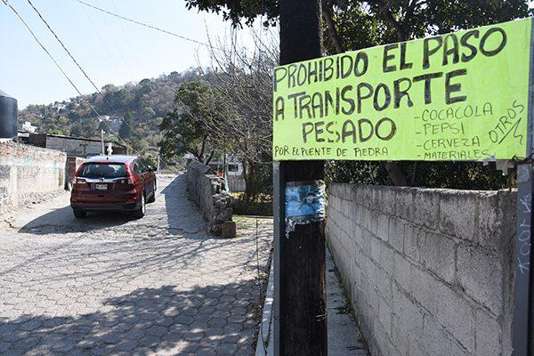 Continúa fracturado el puente de Quiahuixtlán, Totolac