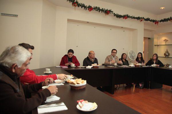 Encabeza Manuel Camacho primera reunión de trabajo del año con directivos de la Sepe-Uset