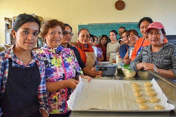 Invita CEBIS de Zacatelco a los ciudadanos a inscribirse a los cursos 2018