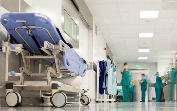 Doctora muere tras haber trabajado 18 horas seguidas