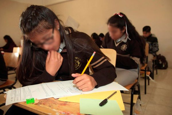 Se alistan alumnos tlaxcaltecas para  competir en justas de matemáticas