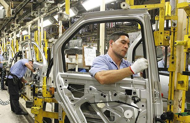 Fabricación y exportación de vehículos en México registra niveles históricos