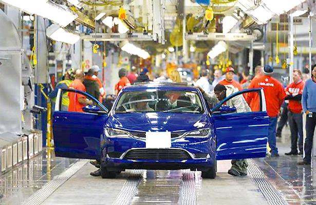 Por muy poco, el sector automotriz de EU tuvo otro año récord en 2016