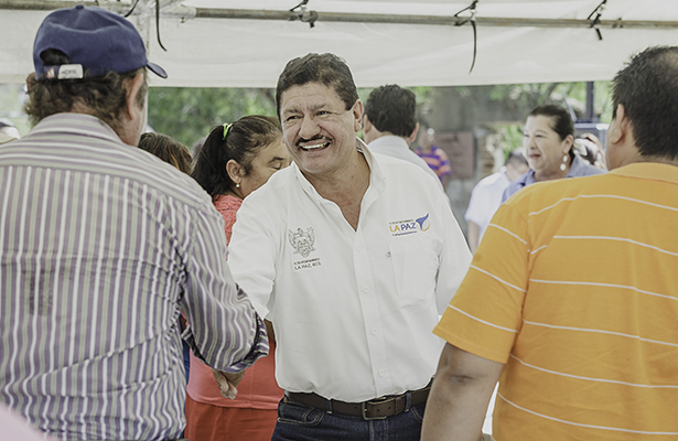 Agradece alcalde de La Paz pago puntual de contribuciones