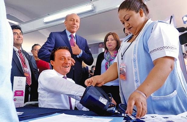 Garantizado el abasto de medicamentos en el IMSS: Mikel Arriola