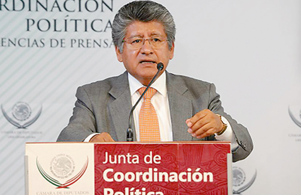 Entregó la Jucopo tres quintetas de aspirantes al Consejo del INE