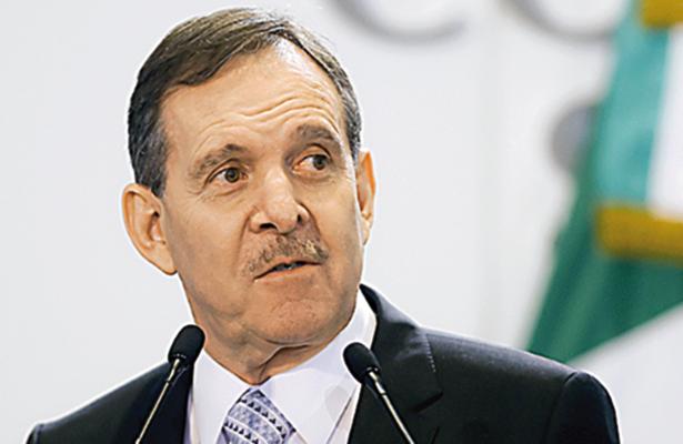 Rechaza Enrique Solana que exista  denuncia ante la PGR en su contra