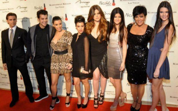 Las Kardashian festejan 10 años de ser parte de la señal de E!