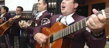 """Mariachi Vargas de Tecalitlán celebra 120 años de """"llevar gallo"""" a México"""