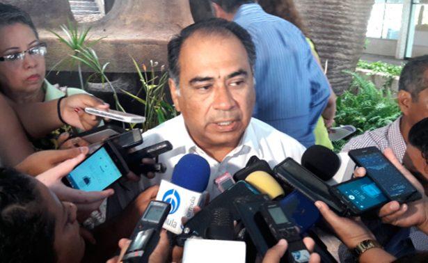 Cancela Astudillo gira de trabajo en EU por homicidio de Saldívar