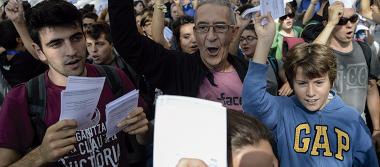 Independentistas catalanes se vuelcan nuevamente a las calles