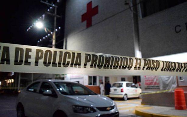 Balacera en Cruz Roja de Tlalnepantla deja un muerto y dos heridos