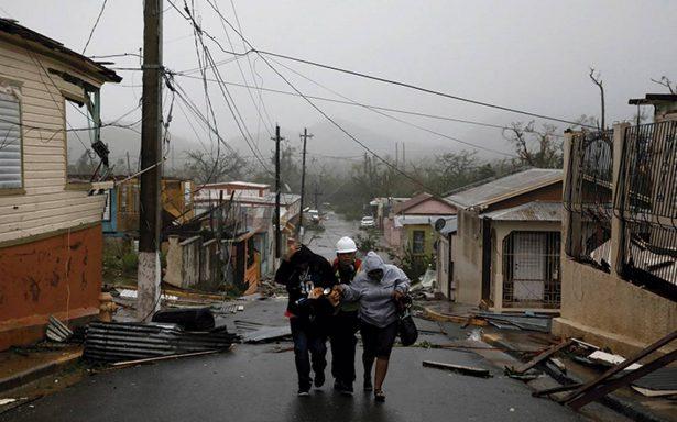 """El huracán María deja """"devastación absoluta"""" tras su paso en Puerto Rico"""