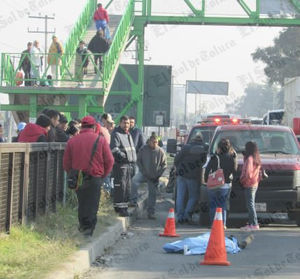 Exponen vida peatones por no usar puentes