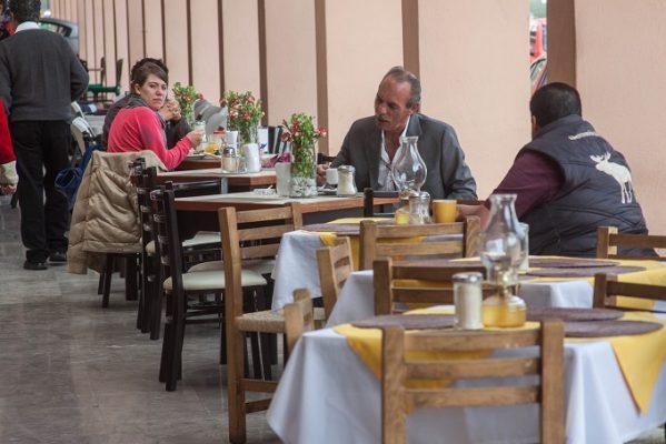 Festejará sector restaurantero a  papás