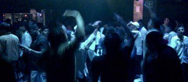 Piden cerrar bares en Los Reyes La Paz