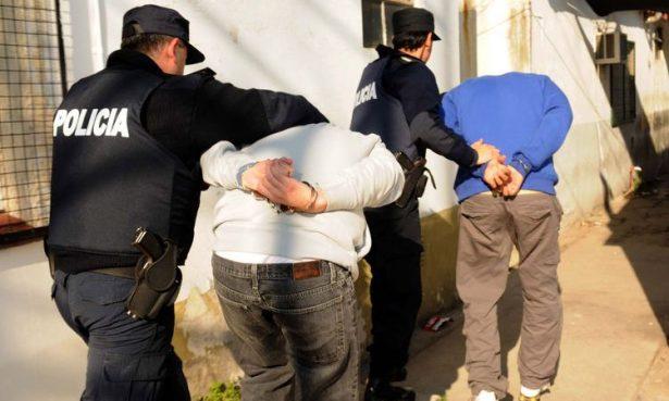 Detienen aEl Chetosy aEl Mosco, ladrones transporte del centro de Toluca