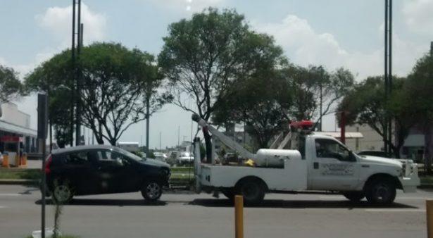 Usarán grúas para retirar autos en Toluca