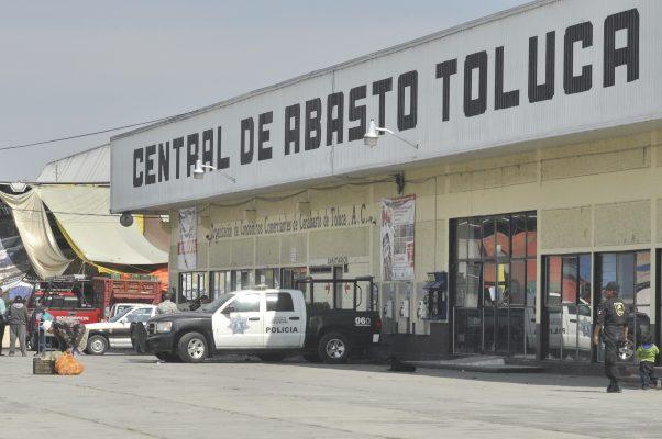 Detienen a presuntos extorsionadores de comerciantes de la Central de Abasto