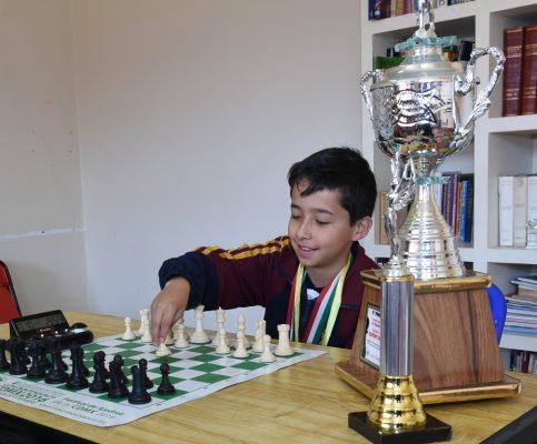 Miguel Madrazo enfocado al Panamericano de Ajedrez