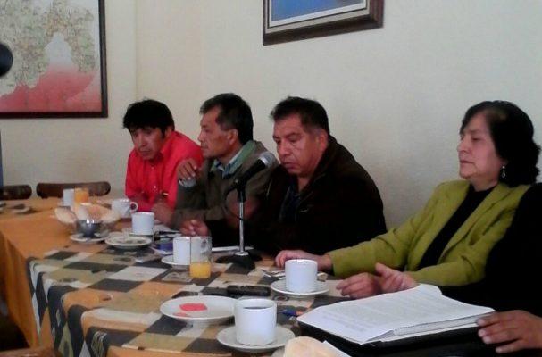 Amenazan comuneros con tomar la Carretera México-Toluca