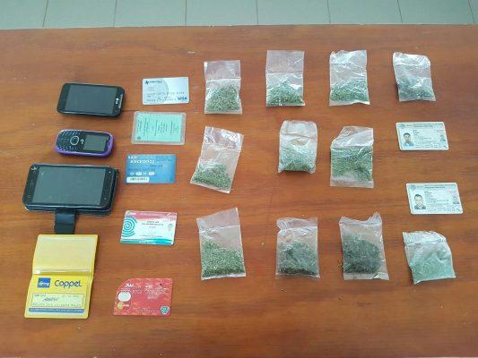 Detienen a dos con droga en Tejupilco