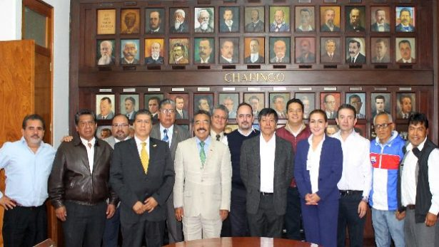 Firman convenio CMIC y Universidad de Chapingo