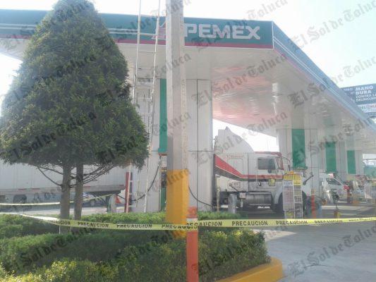 Electrocutado en gasolinera de Santa Ana Tlapaltitlán