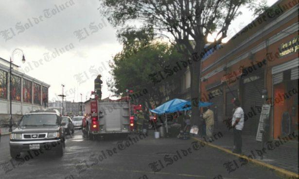 Cayó de azotea en el centro de Toluca