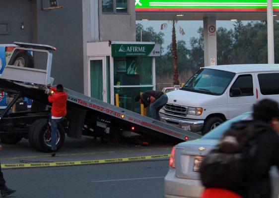 Se enfrentan policías y ladrones tras asalto en Tultepec; 4 heridos