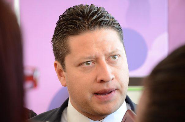 Retraso en entrega de obra hospitalaria se debe a recorte presupuestal: Gómez Monge