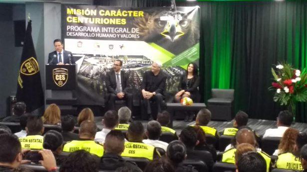 Impulsarán desarrollo humano en policías del Edomex