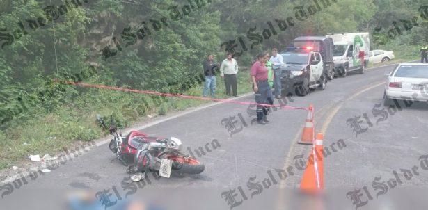 Muere hombre tras derrapar en la Toluca-Ixtapan