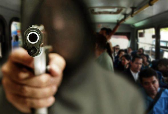 No cesan asaltos a pasajeros en la vialidad López Portillo