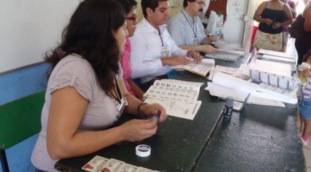 Aprueba INE omisión de pago a funcionarios de casilla
