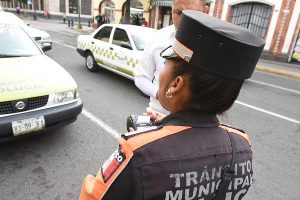 Contabilizan más de 15 mil multas de tránsito en Toluca