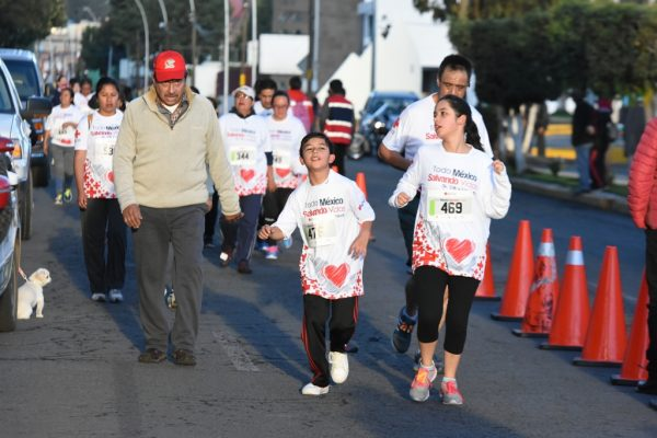Realizaron carrera de la Cruz Roja en Metepec