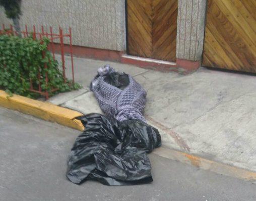 Encuentran un cadáver embolsado en Nezahualcóyotl