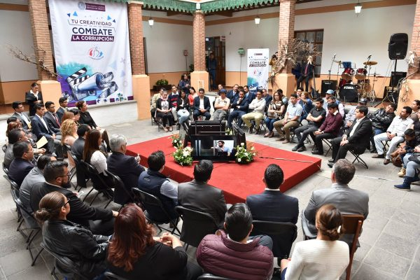 Llaman jóvenes a participar y combatir la corrupción